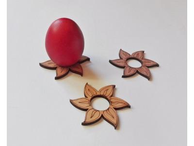 4021 Дървена поставка за яйце - цвете