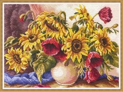 Букет слънчогледи и макове