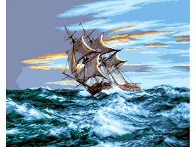 Кораб в открито море