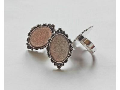 1353 Метална основа за пръстен 1 бр.
